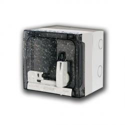 509.3411 Uzamykatelná blokační zásuvka 230V/16A nástěnná jištěná s FI 10mA OMNIA