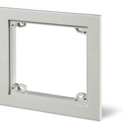 572.0220 Rámeček dekorační k instalační krabici